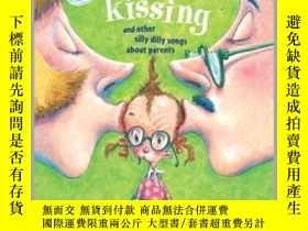 二手書博民逛書店Too罕見Much Kissing!Y362136 Photo Credit: Ala... Margaret