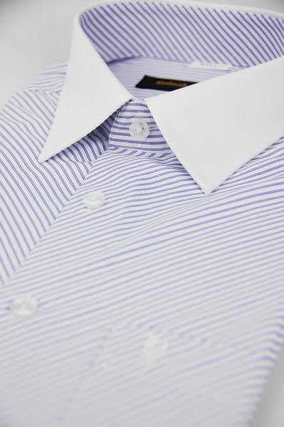 【金‧安德森】紫色斜紋白領窄版短袖襯衫