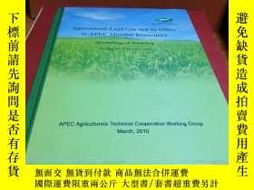 二手書博民逛書店Agricultural罕見Land Use and its Effect in APECY359054