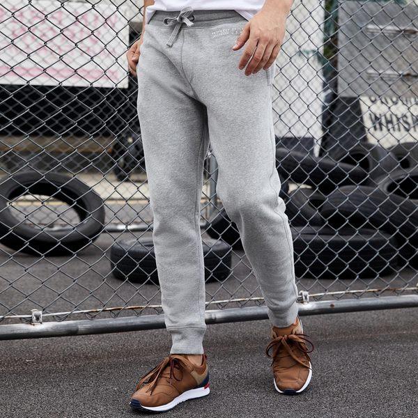 Gap男裝 舒適簡約系帶束腳休閒長褲 365957-麻灰色