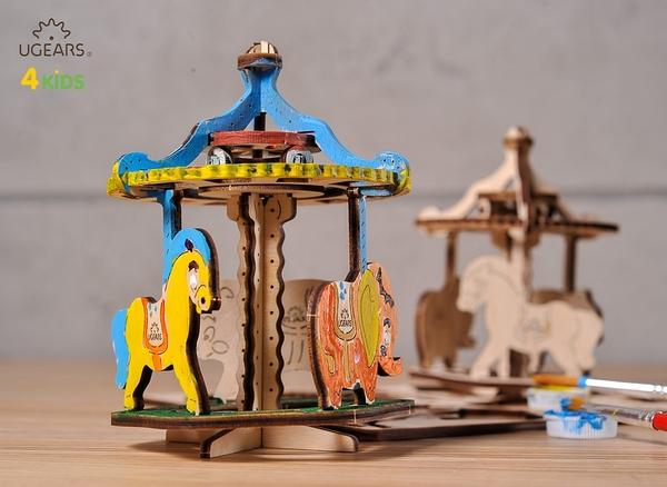 UGEARS 著色旋轉遊樂園 旋轉木馬 MARY GO AROUND