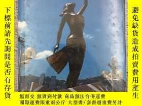 二手書博民逛書店HONG罕見KONG THE VIBRANT CITYY1913