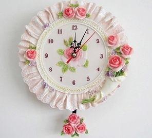 歐式田園典雅樹脂仿蕾絲裙邊玫瑰花束掛鐘~家居牆面裝飾靜音掛表-tax004