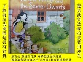 二手書博民逛書店First罕見Readers Snow White and th