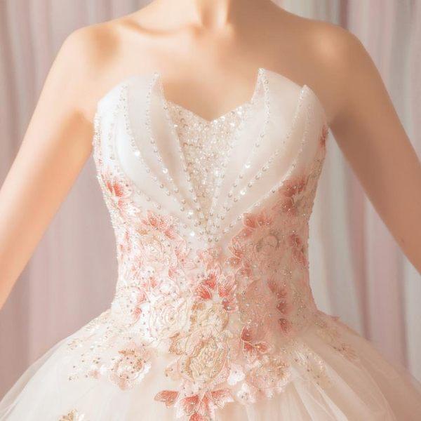 歐尚-空靈森系花仙子 時髦個性玫瑰花朵抹胸公主新娘婚紗3161