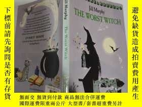 二手書博民逛書店the罕見worst witch 最壞的女巫 Y200392