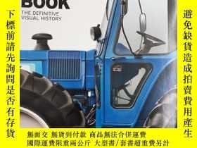 二手書博民逛書店The罕見Tractor Book - The Definiti