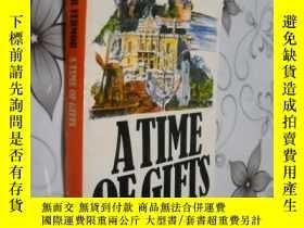 二手書博民逛書店A罕見Time of Gifts: On Foot to Con