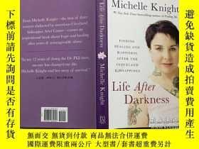 二手書博民逛書店英文原版精裝小說罕見Life After Darkness Michelle Knight 黑暗之後的生活 克利夫