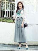 春裝上市[H2O]V領背後有蝴蝶結裝飾七分大泡袖雪紡上衣 - 藍/白色 #9685001