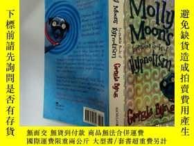 二手書博民逛書店Molly罕見Moon s Incredible Book of Hypontism:莫莉·穆恩不可思議的實體論之