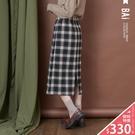 VOL947  休閒黑綠格紋配色  彈性腰圍過膝設計  打造女孩輕鬆自在感