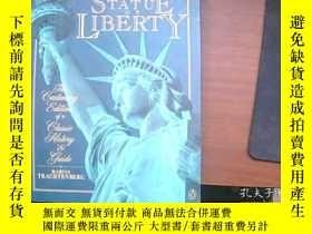 二手書博民逛書店THE罕見STATUE OF LIBERTYY14582 出版1