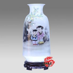 陶瓷手繪粉彩青梅竹馬