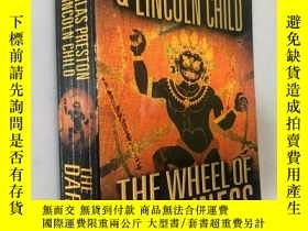 二手書博民逛書店THE罕見WHEEL OF DARKNESSY5919 DOUG