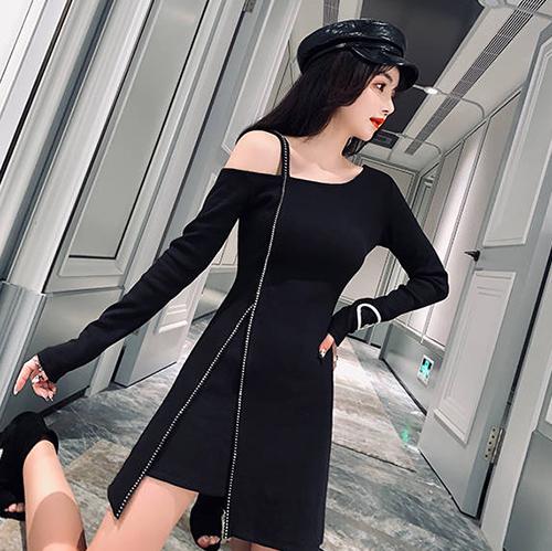 克妹Ke-Mei【AT56148】獨家,自訂款!排鑽拉鍊不規則露肩連身洋裝