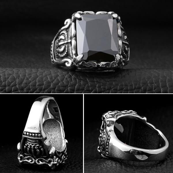 《 QBOX 》FASHION 飾品【R10BR8-066】精緻復古風歐美貴族皇冠鋯石鑄造鈦鋼戒指/戒環