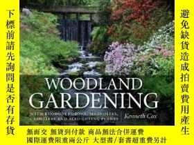 二手書博民逛書店Woodland罕見Gardening:WITH RHODODE