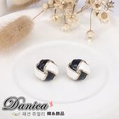 耳環 現貨 韓國甜美氣質 時尚幾何黑米白纏繞耳環 S6309 批發價 Danica 韓系飾品 韓國連線