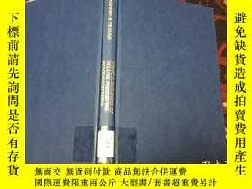 二手書博民逛書店Typical罕見Dynamics of Volume Pres