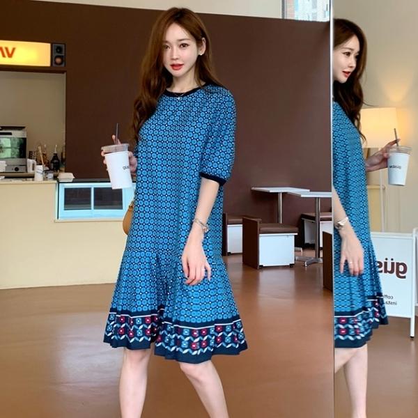 連身裙.韓系優雅拼接百褶圖騰五分袖圓領洋裝.白鳥麗子