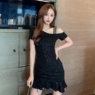 辣妹裝 法式洋氣裙子2021年夏季新款時尚氣質名媛斜肩吊帶短裙收腰連衣裙