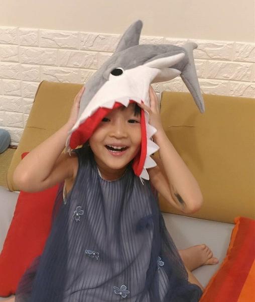 搞怪鯊魚帽子 萬聖節 PARTY裝扮 鯊魚咬人 SHARK HAT 可愛搞怪食人魚帽 毛絨