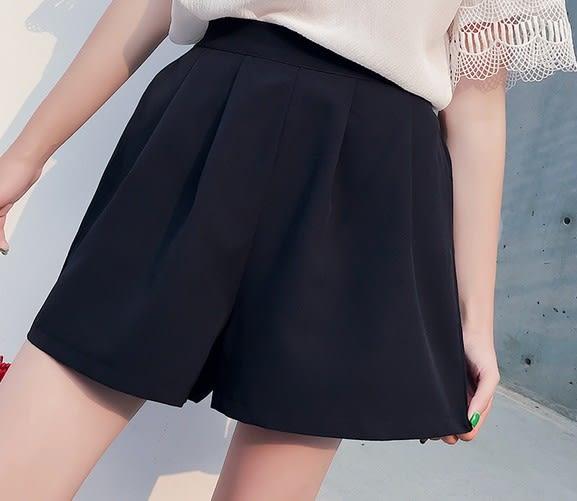 EASON SHOP(GU6073)黑色鬆緊腰壓褶挺感設計高腰短褲女韓版寬鬆高腰大碼外穿休閒短寬褲運動A字褲