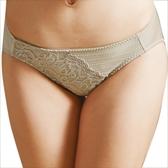思薇爾-撩波系列M-XL蕾絲低腰三角褲(貝沙金)