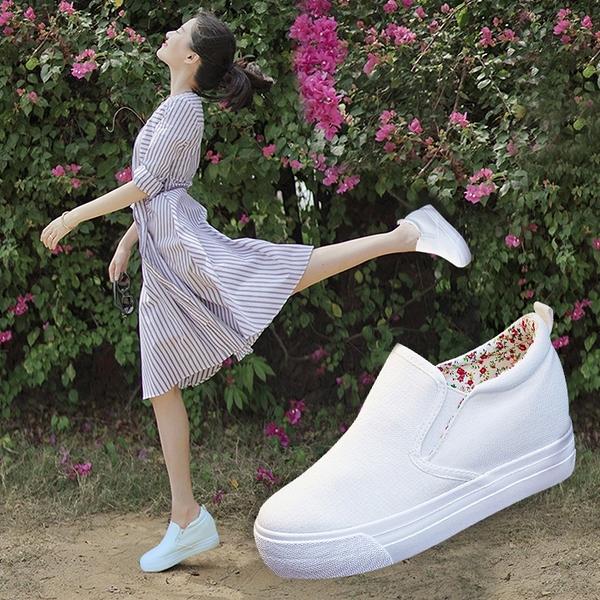鬆糕鞋 小白鞋女春夏新款厚底內增高帆布鞋女套腳韓版女士休閒樂福鬆糕鞋 快速出貨