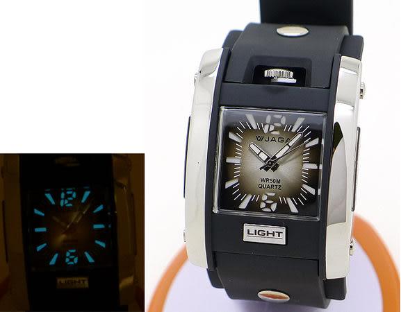 JAGA 捷卡 AQ81-A 指針錶 方型 漸層灰黑面 冷光 鉚釘 雙層黑色橡膠錶帶 34mm