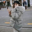 ◆保暖羽絨棉、毛領可拆 ◆超韓寬鬆款、一般58kg以下S都可穿 ◆模特兒163cm44kg穿S