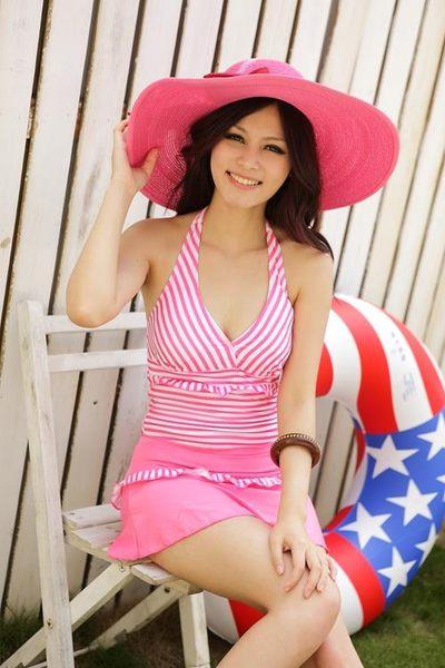 泳裝 愛戀條紋 兩件式泳衣(天使粉)