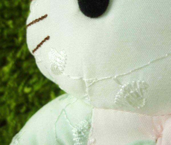 【震撼精品百貨】Hello Kitty 凱蒂貓~KITTY絨毛娃娃-涼布花