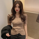 出清288 韓國風chic不規則針織衫V領紐扣短袖上衣