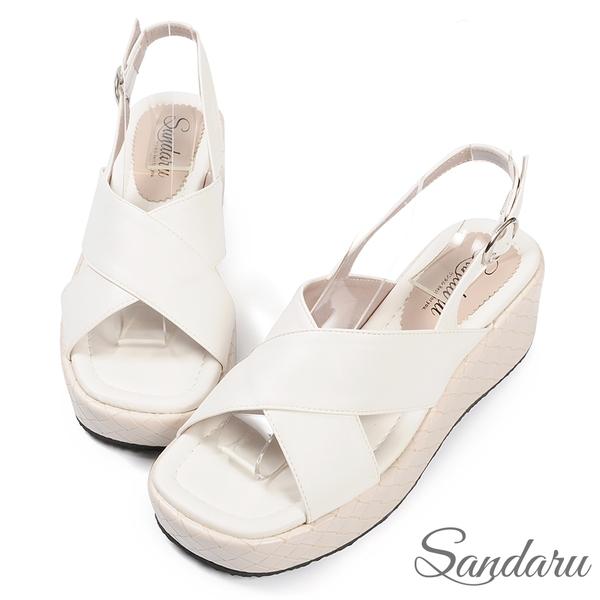 涼鞋 寬版交叉後拉厚底涼鞋-白