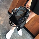 牛皮雙肩包女2020新款時尚百搭軟皮大容量兩用背包潮流旅行包 夢幻小鎮