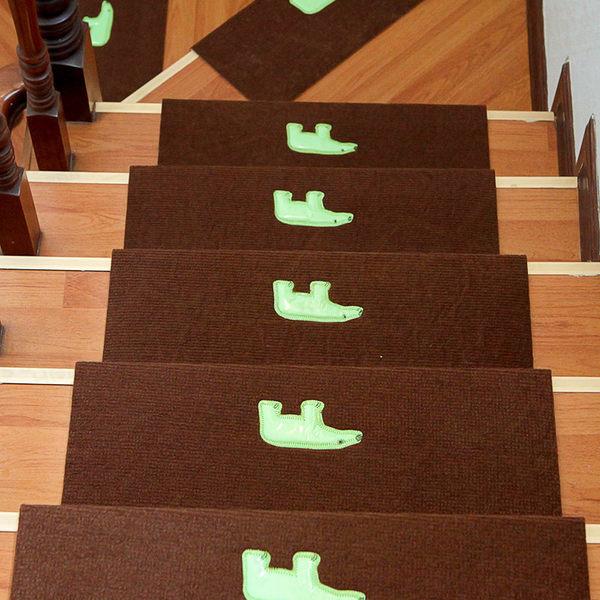 夜晚發光防滑靜音樓梯墊子 免膠黏貼式夜光台階墊 止滑腳踏墊絨面地墊【WA201】《約翰家庭百貨