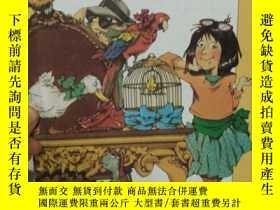 二手書博民逛書店狡猾的間諜罕見The Sly Spy 英文原版兒童圖書 精裝Y2