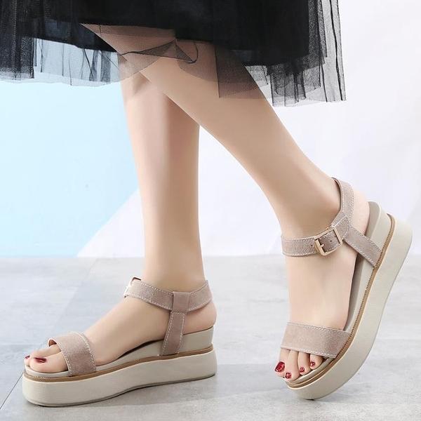 2020夏季厚底涼鞋女鬆糕鞋一字式扣帶真皮坡跟羅馬沙灘涼鞋仙女風 【Ifashion·全店免運】