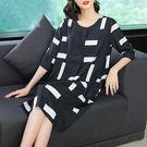 絲麻 幾何方塊印花洋裝-大尺碼 獨具衣格...