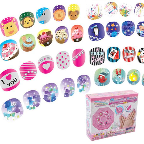兒童指甲貼片 (96款) 兒童美甲DIY組 一撕即卸指尖派對 玩具 0801 好娃娃