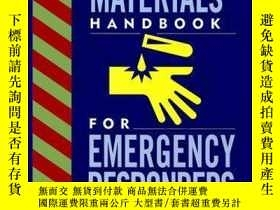 二手書博民逛書店Hazardous罕見Materials: Handbook for Emergency Responders