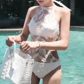 比基尼 比基尼泳衣女連體性感小胸聚攏鋼托白色羽毛韓版鏤空溫泉露背泳裝