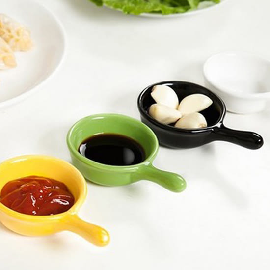 ✭米菈生活館✭【M125】純色無印把手瓷碟 ZAKKA 廚房 餐具 小吃 醬醋 調味 料理 沾醬 菜碟 小菜