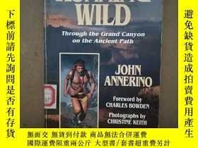 二手書博民逛書店Running罕見Wild: Through The Grand Canyon On The Ancient Pa