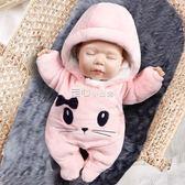 女初生寶寶連體衣服新生嬰兒冬裝連腳保暖加厚外出抱衣套裝秋冬季   走心小賣場