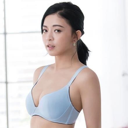 【南紡購物中心】【SAVVY 莎薇】時尚動起來 D 罩杯無鋼圈內衣-冰涼紗-減壓寬窄肩帶(藍)