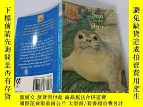 二手書博民逛書店Seal罕見on the Shore:海豹上岸Y200392