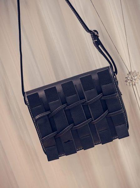 【Miss 小Q】韓國 時尚 柵欄 小方包 小包 側背包 女包 小女包 手拿包 KOREA 軟皮包